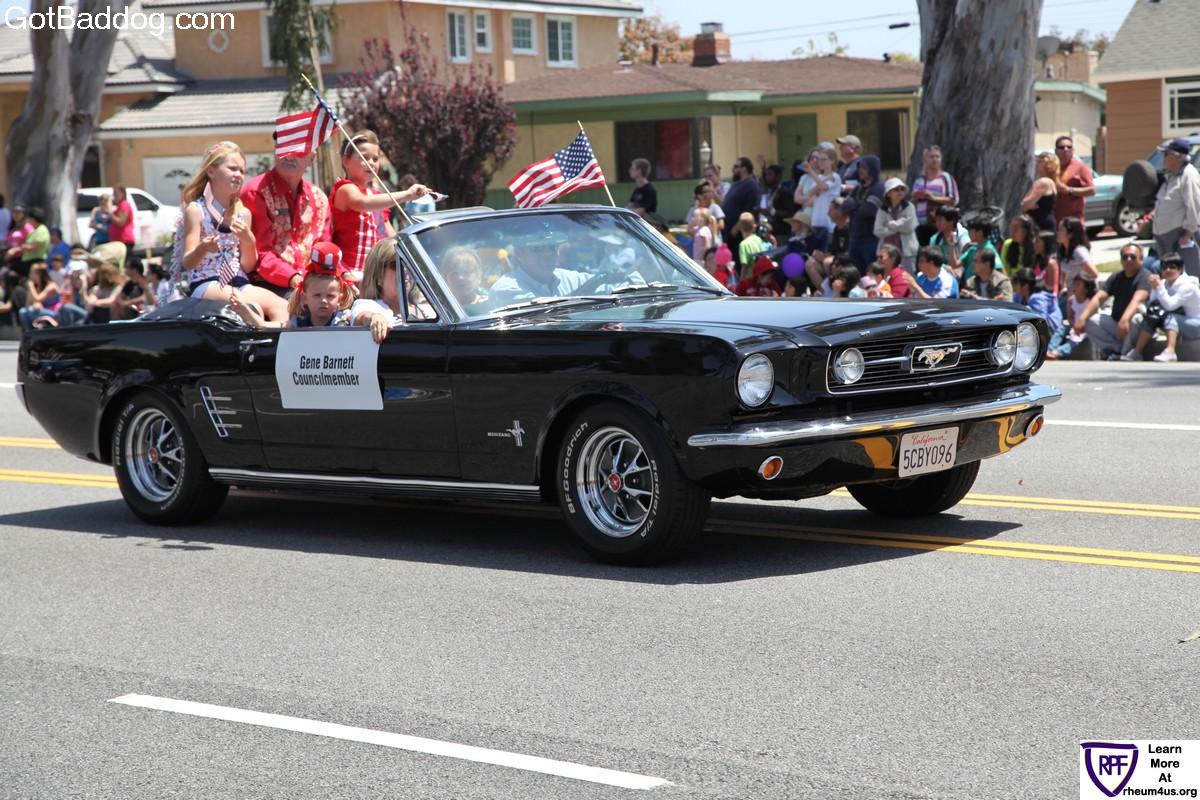 parade_1326