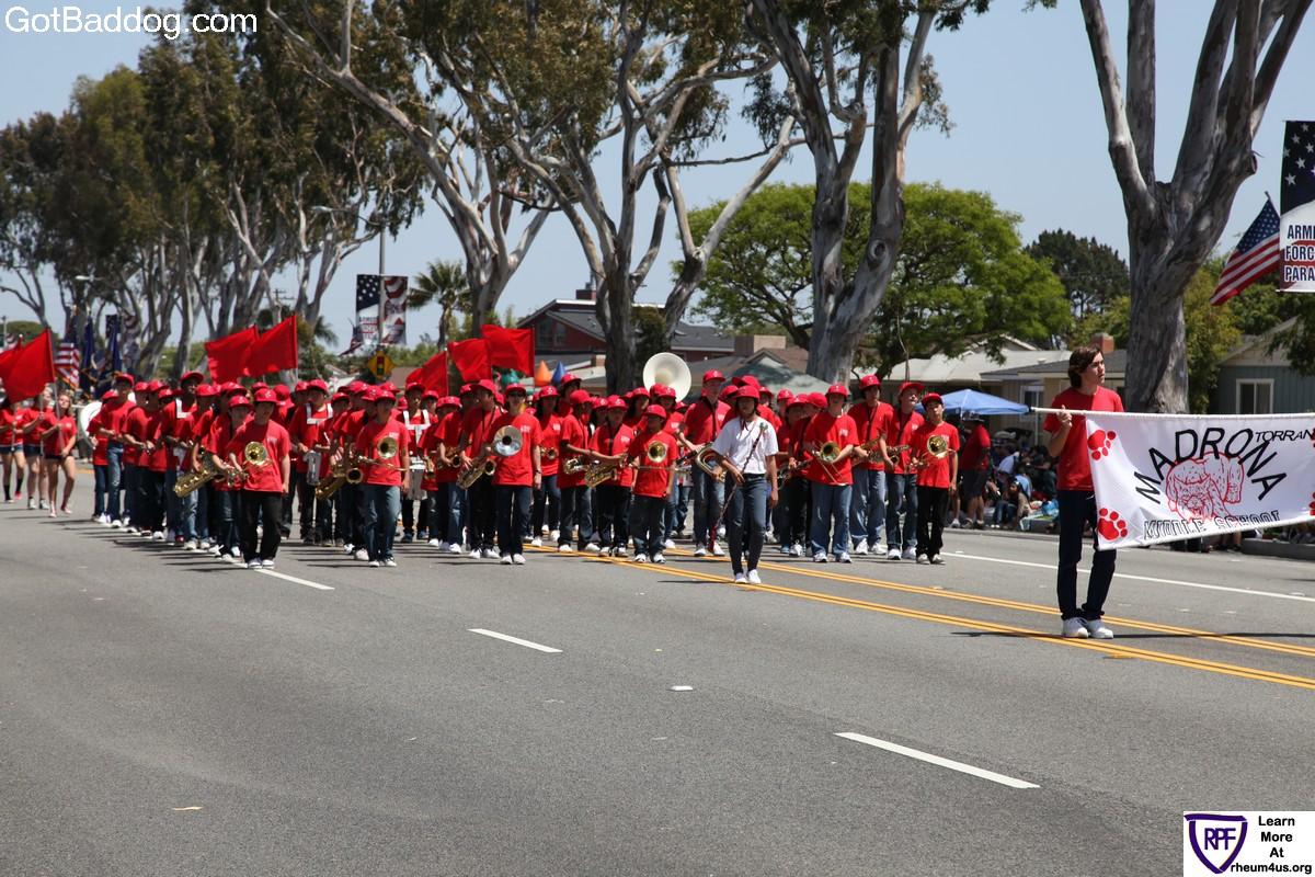 parade_1584